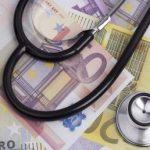 La centralizzazione degli acquisti nel settore sanitario: profili critici, potenzialità e prospettive future. Invito alla discussione